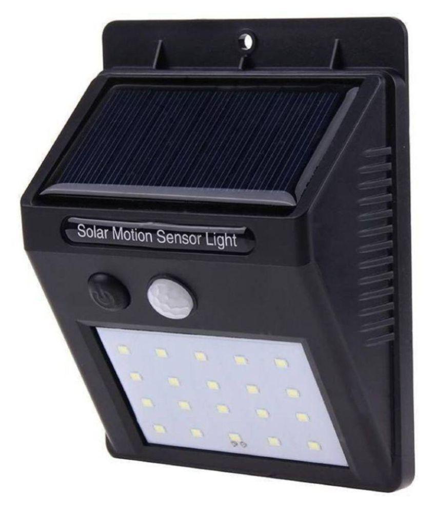 T TOPLINE 0.2W Solar Outdoor Wall Light - Pack of 1