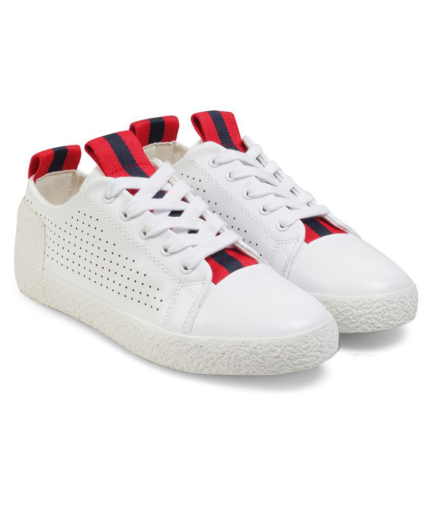 Tresmode Red Casual Shoes