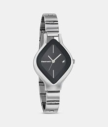Fastrack Metal Oval Womens Watch