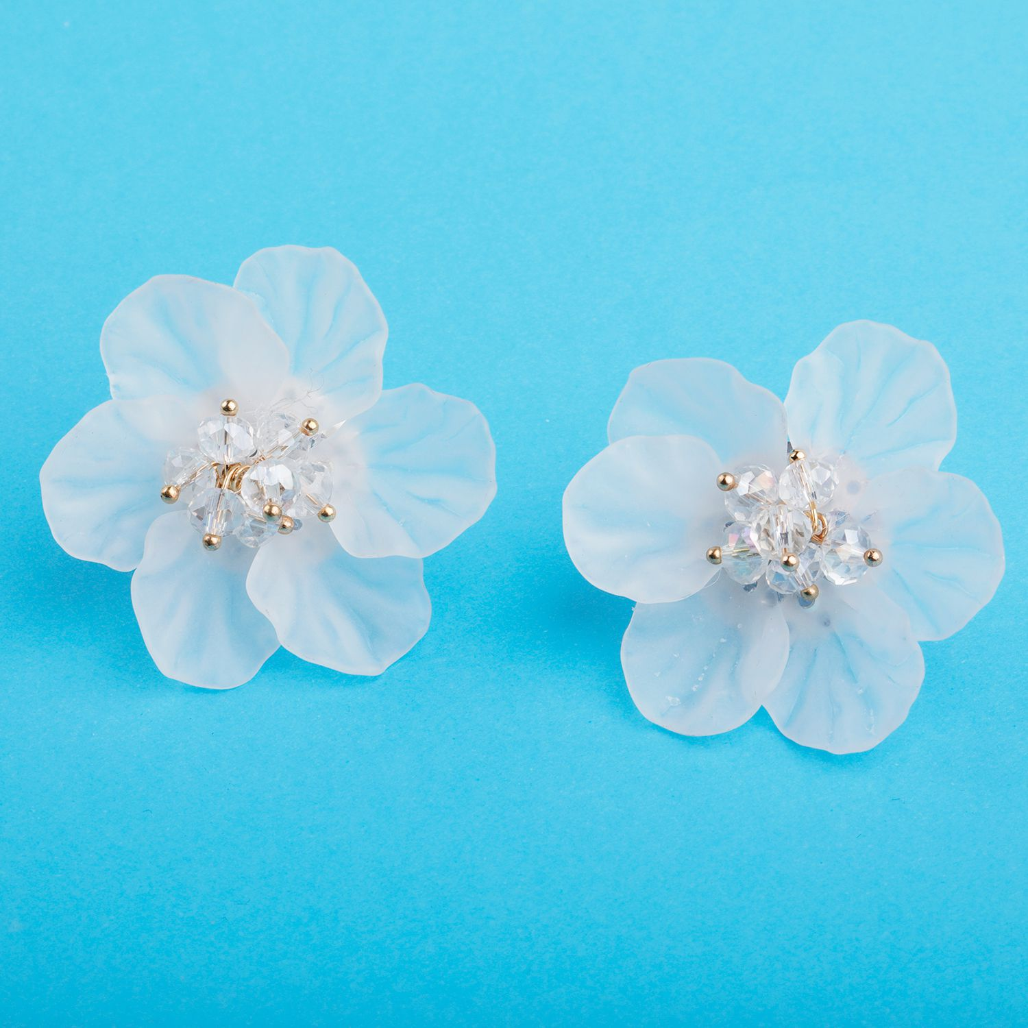 Silver Shine Premium White Attractive Floral Stud Earring With Beads For Girls And Women