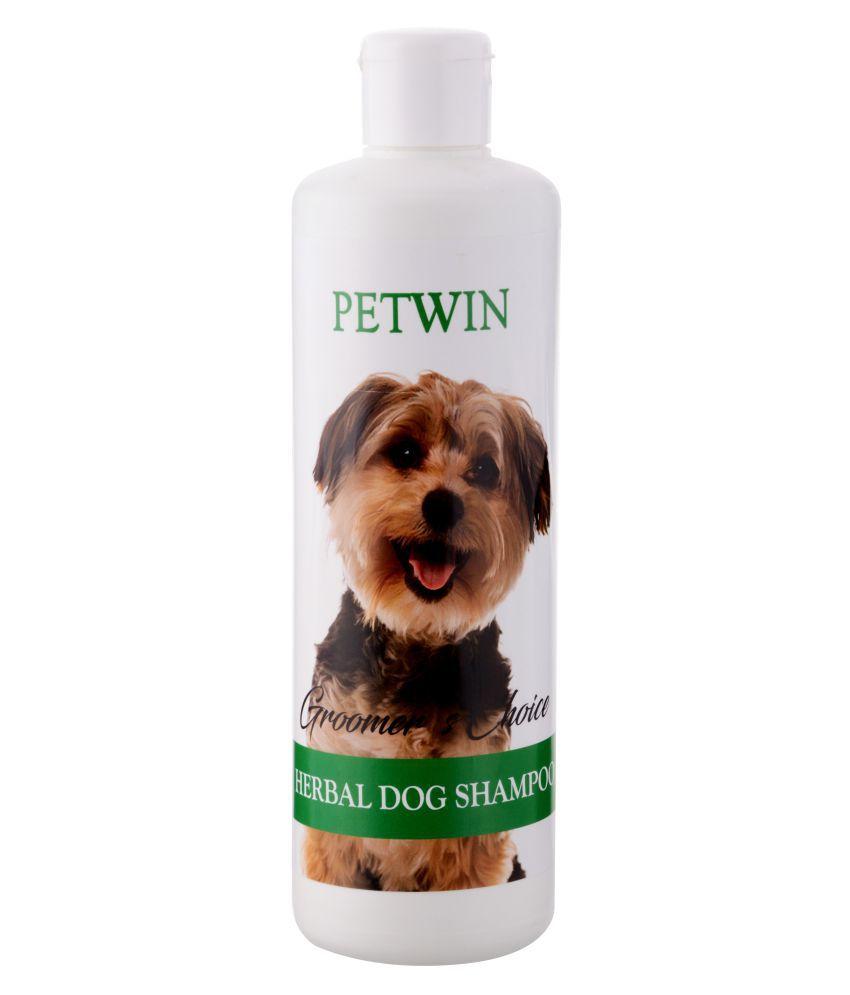 Petwin Aleovera Shampoo 500ML