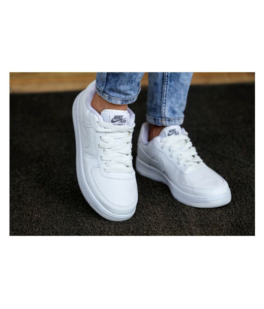Nike Sneakers White Casual Shoes