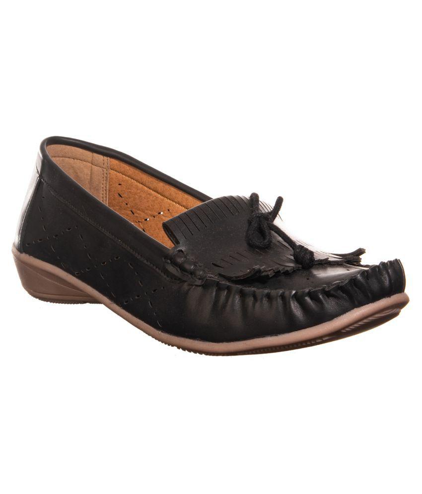 Khadim's Black Casual Shoes