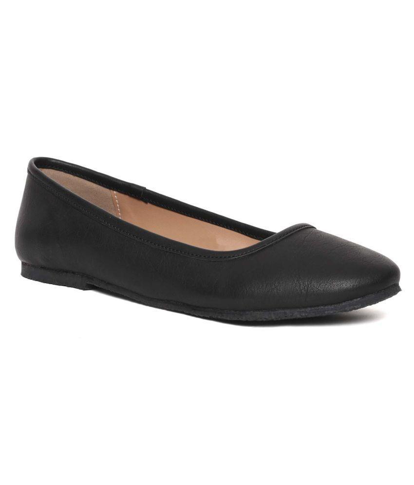 Paragon Black Casual Shoes