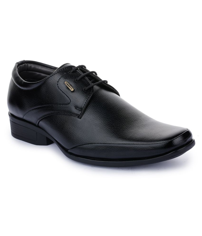 Liberty Office Black Formal Shoes