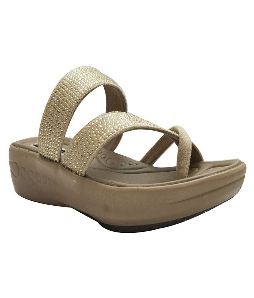 shoesme Beige Slippers