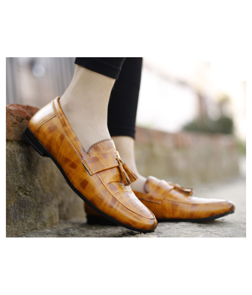 Global Rich Mules Tan Casual Shoes