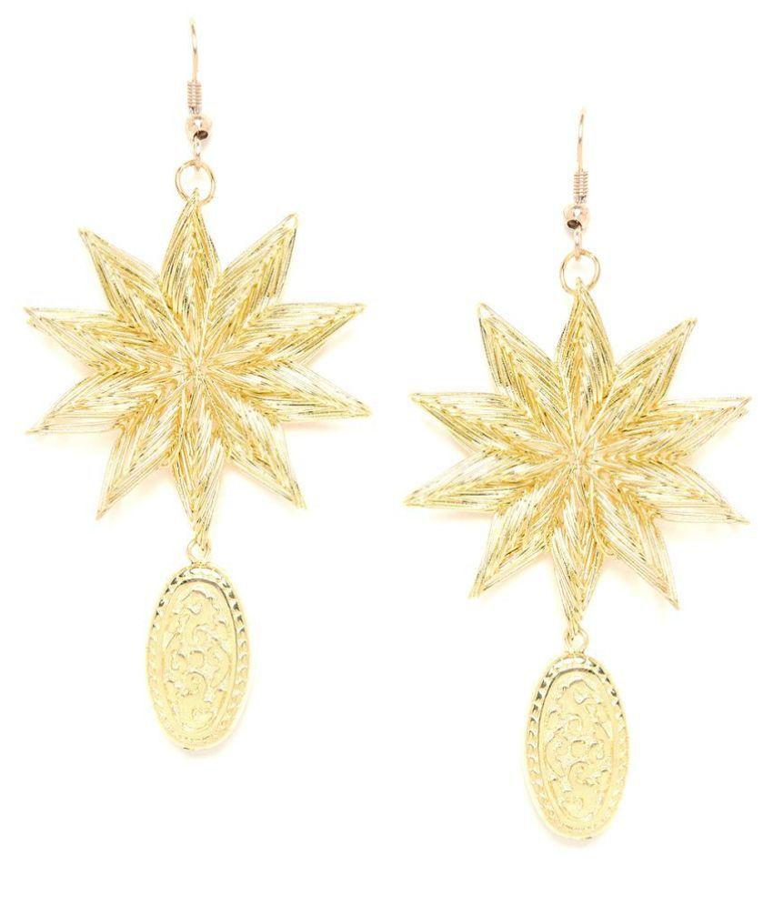 GloBox Golden Star Artificial Earrings