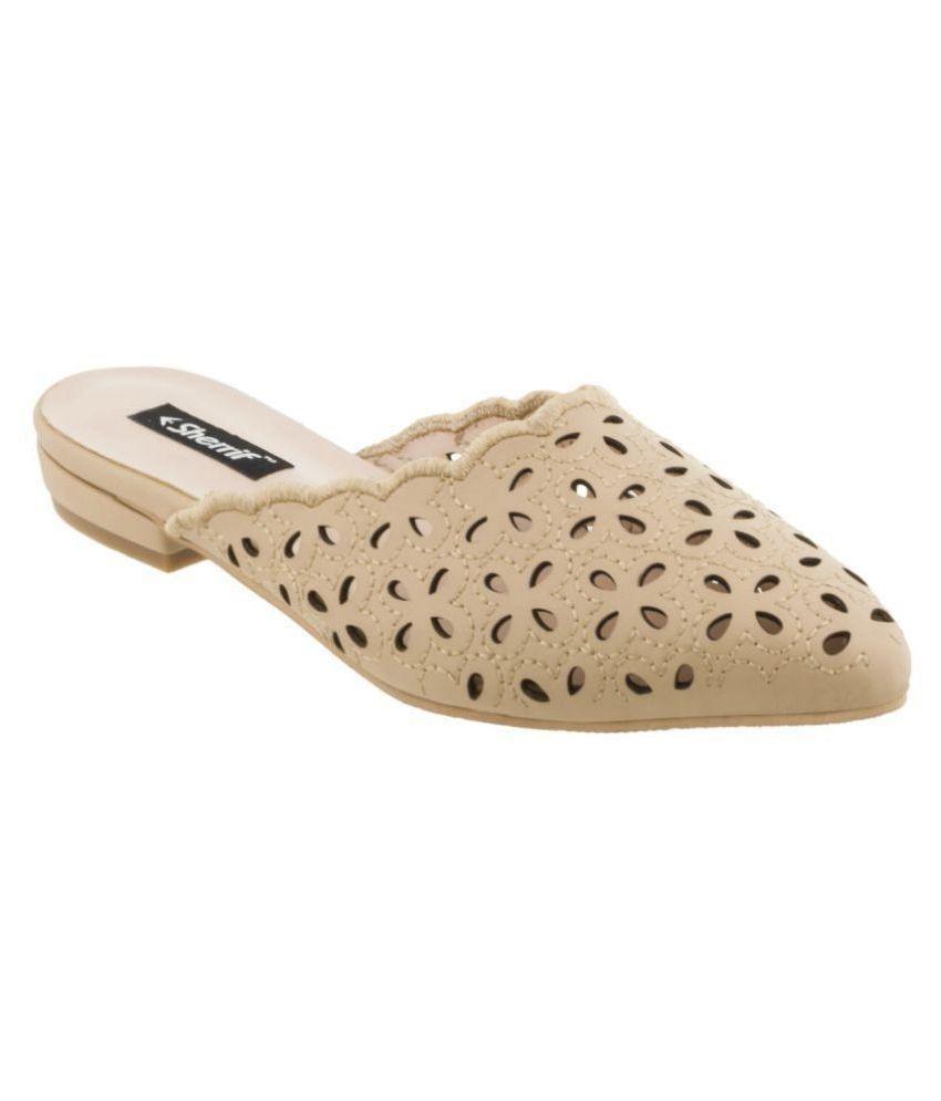 sherrif shoes Beige Flats