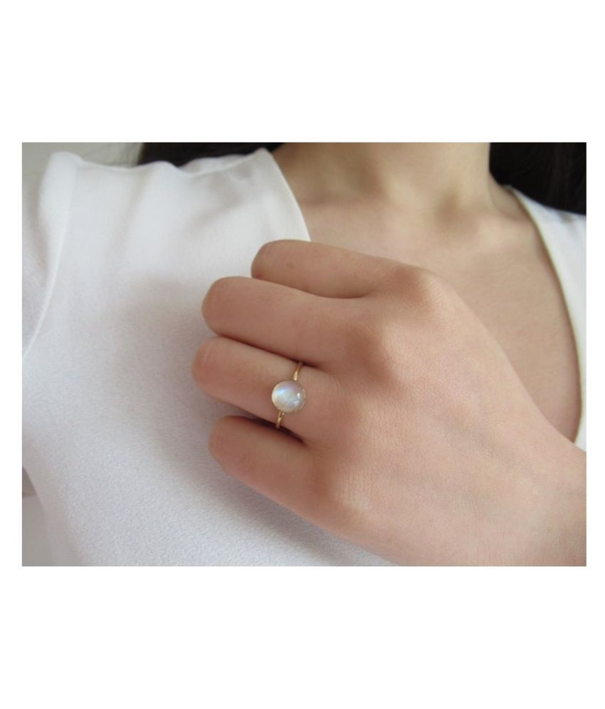 3 Carat MOONSTONE  Silver  Ring by Ratan Bazaar