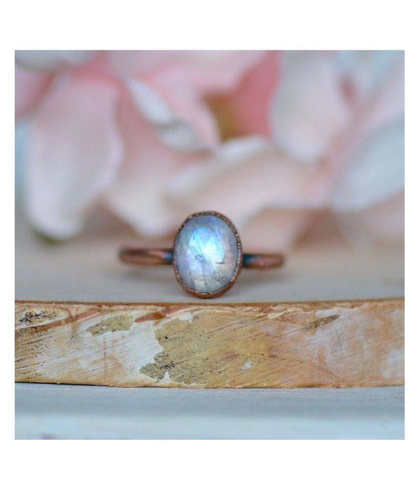 9 ratti silver  MOONSTONE  Ring for unisex by Ratan Bazaar\n