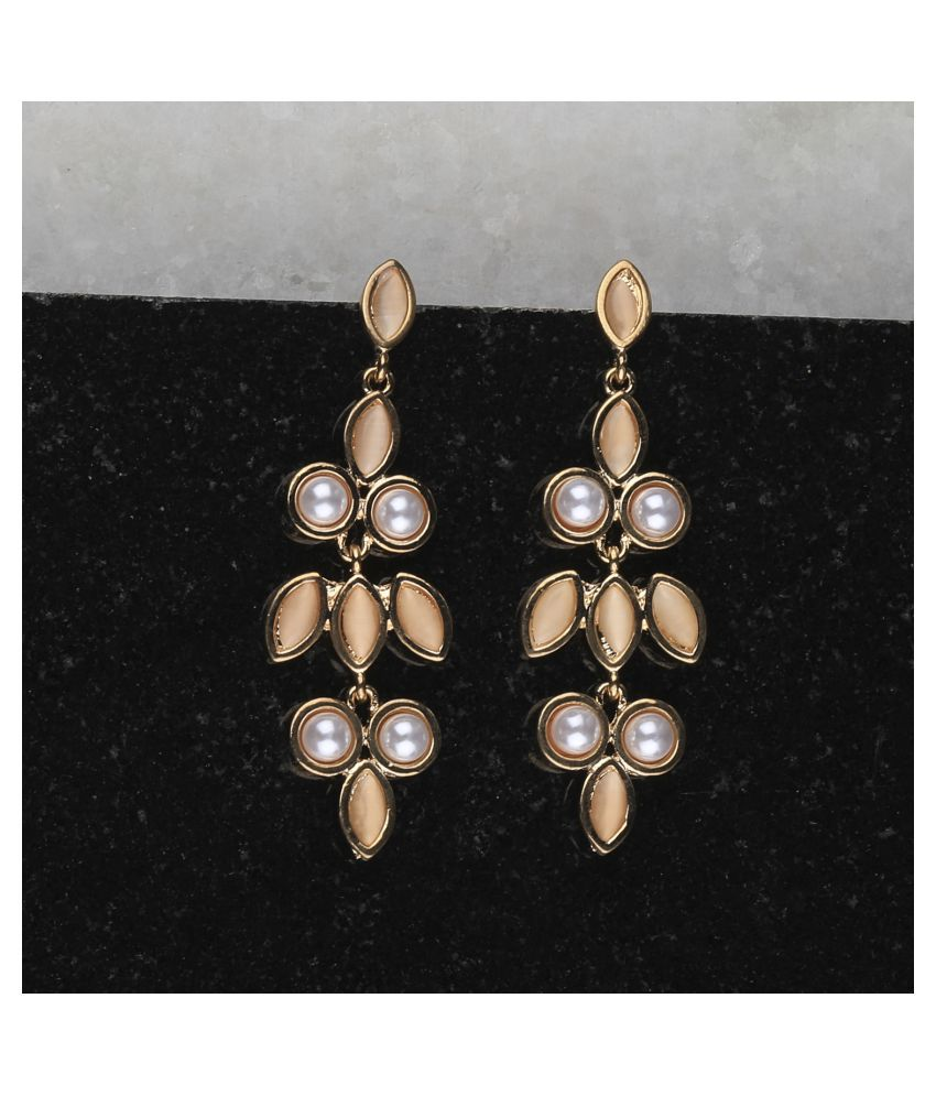 Exclusive Delicated Patry Wear Pearl Earring For Women Girl