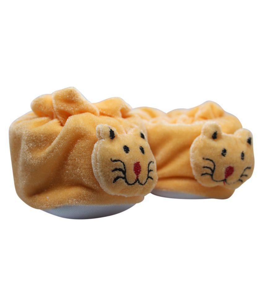 Mynekids Cute Bear Face Soft for Baby Boy & Girl VelvetBooties/Socks for 0 to 12 Months ( Orange ) -RK16-Orange