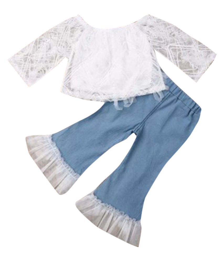 Hopscotch Girls Cotton And Organza Full Sleeves Solid Applique Top And Denim Capri Set in White Color For Ages 4-5 Years (FUF-3109544)