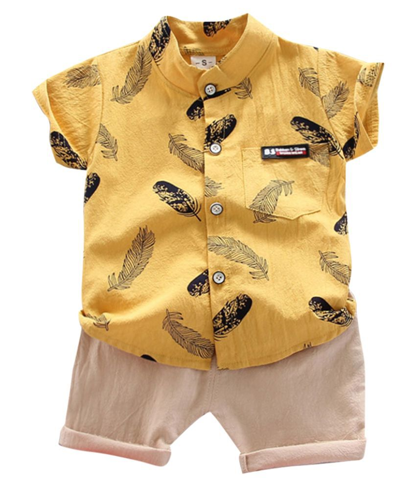 Hopscotch Boys Cotton Spandex Leaf Printed Half Sleeves Shirt and Shorts Set in Yellow color for Ages 2-3 Years (YUE-2952927)