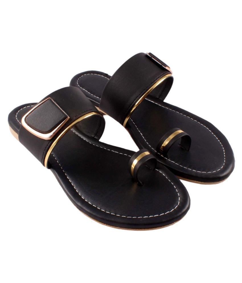 A S FOOT CRAFT Gray Flats
